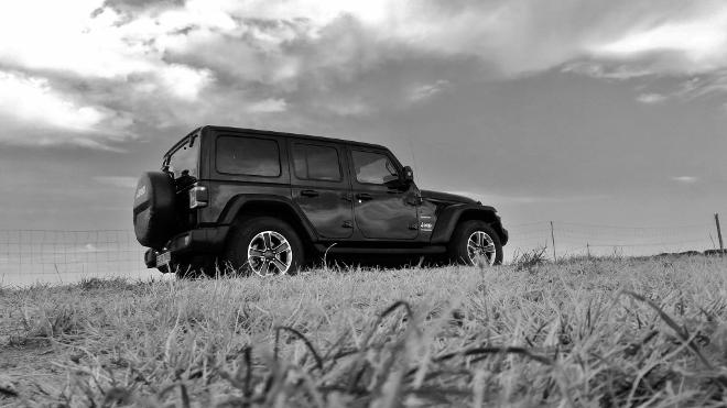 Jeep Wrangler Limited 4-door Heck