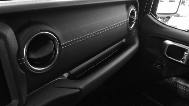 Jeep Wrangler Limited 4-door Haltegriff vorne, vor dem Beifahrer, oh shit handle