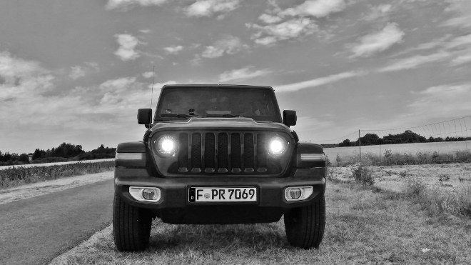 Jeep Wrangler Limited 4-door Grill und Front