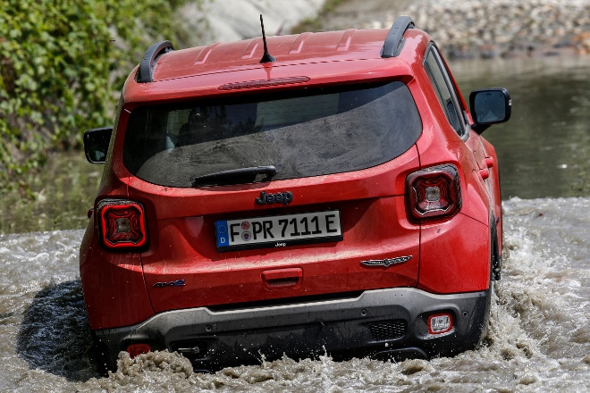 Wattiefe Jeep Renegade 4xe Plug in Hybrid