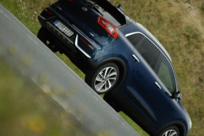 Kia Niro Hybrid Blau Heck