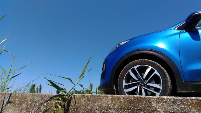 Kia Sportage Facelift in blau, Frontpartie