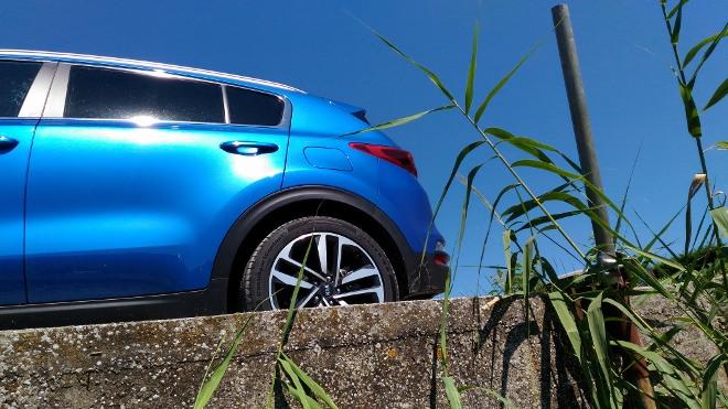 Kia Sportage Facelift in Blau, Heckpartie