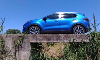 Kia Sportage Facelift Mild Hybrid Diesel blau