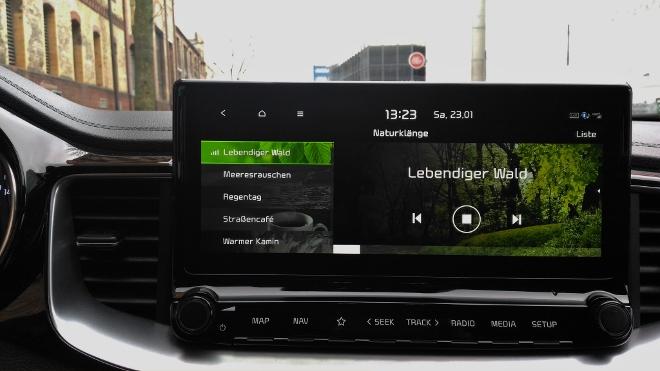 Kia Plug in Hybrid Test, scharfer Bildschirm