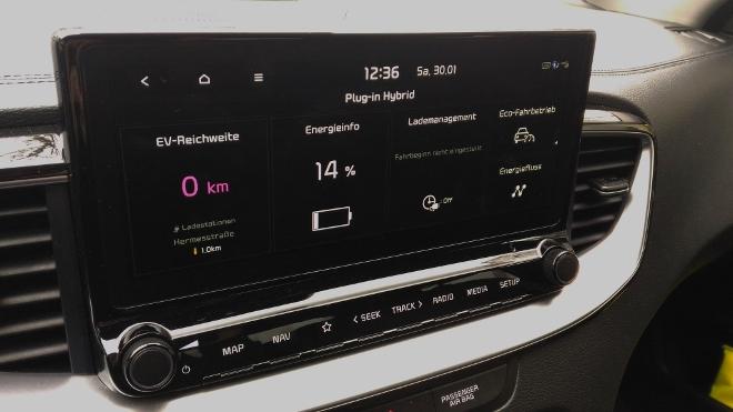 Kia Plug in Hybrid Test, Anzeige der Reichweite und des Akkustand