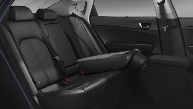Kia Optima 1.7 Diesel Sitze hinten
