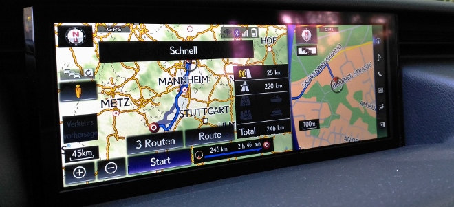Lexus IS Sport Monitor Bildschirm Navi