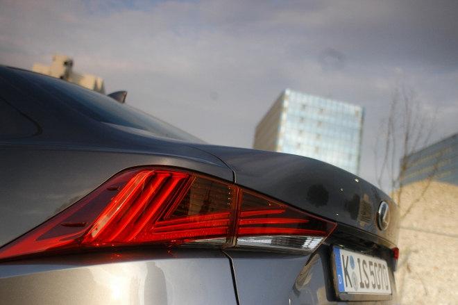 Lexus IS Sport Heck Facelift 2018