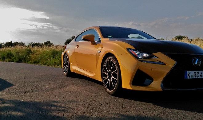 Lexus RC F Carbon Gelb, Front-Seite