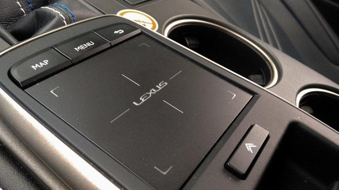Lexus RC F Touchpad 2018