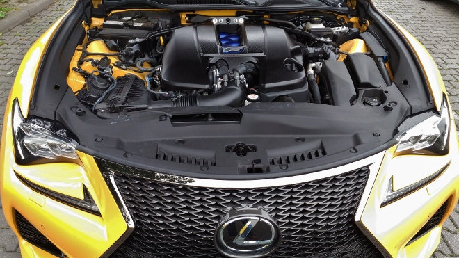 Lexus RC F V8 2018 Sauger