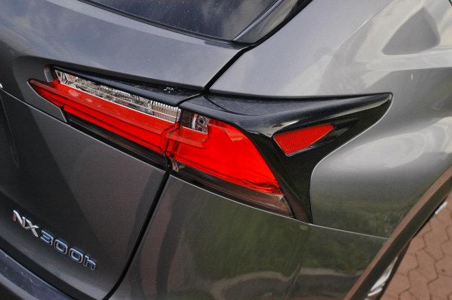Lexus NX 300h Hybrid Heckleuchte