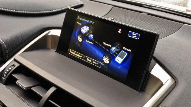 Lexus NX 300h Hybrid Energieanzeige