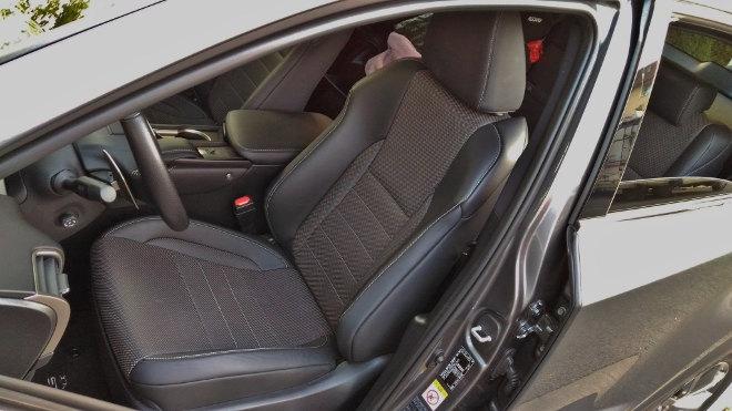 Lexus NX 300h Hybrid Sitze