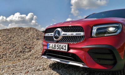Mercedes GLB 220d Scheinwerfer und Grill, in rot