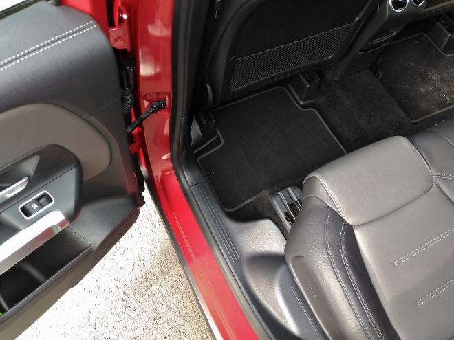 Mercedes GLB verschiebbare Sitzbank hinten