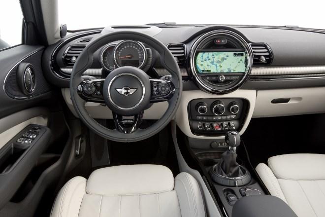 Neuer Mini Clubman Cockpit