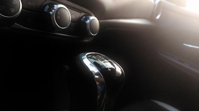 Nissan neuer Micra Innenraum Schaltung