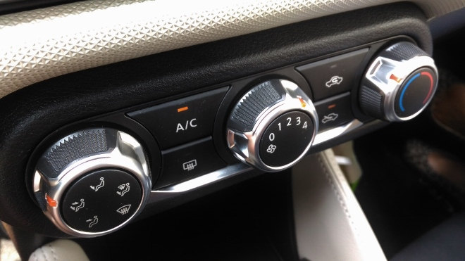 Nissan neuer Micra Innenraum AC