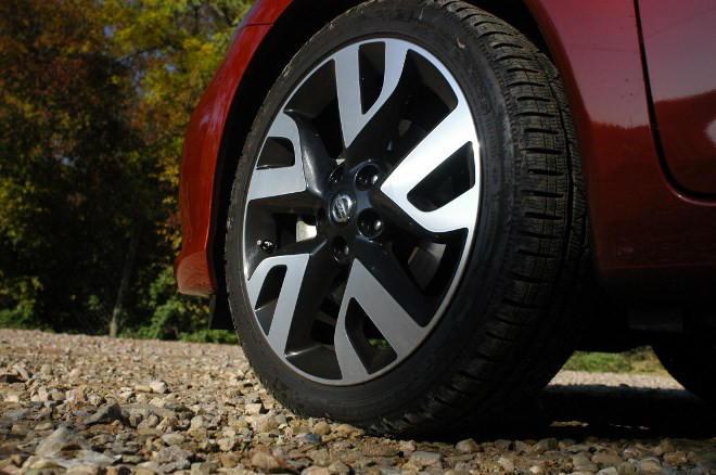 Nissan Pulsar 1.6 Test Felge 18 Zoll