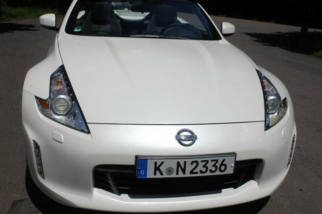 Nissan Z370 Cabrio Front