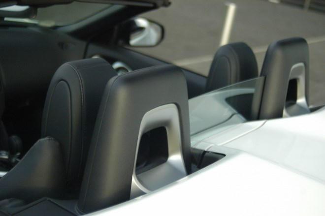 Nissan Z370 Roadster Überrollbügel