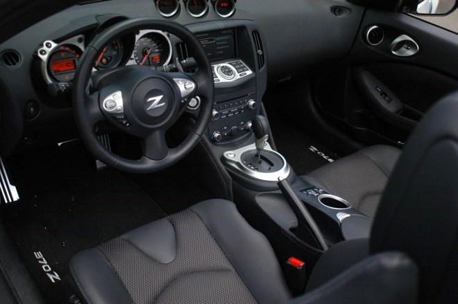 Nissan Z370 Roadster Innenraum