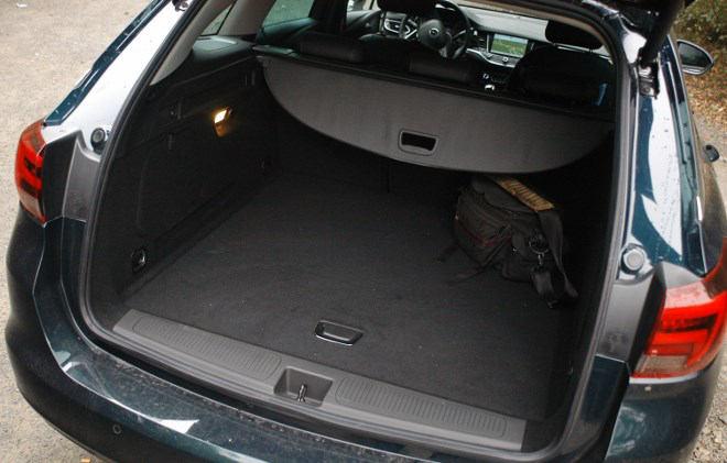 Opel Astra Sports Tourer Kofferraum