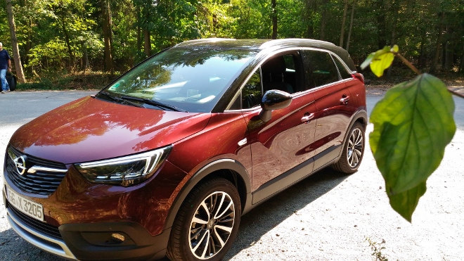 Opel Crossland X Front, Seitensicht, Seite, Grill