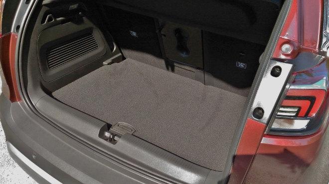 Opel Crossland X Kofferraum, untere Position