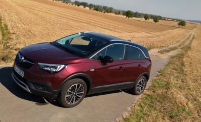 Opel Crossland X vorne, Seite