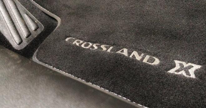 Opel Crossland X Teppich, Logo