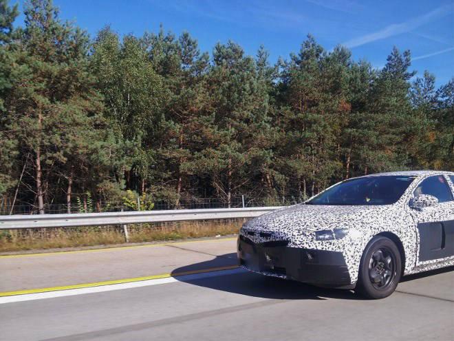 Neuer Opel Insignia 2017 Erlkönig
