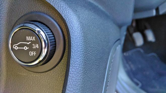 Opel Insignia Kombi Höhe Hecklappe einstellen