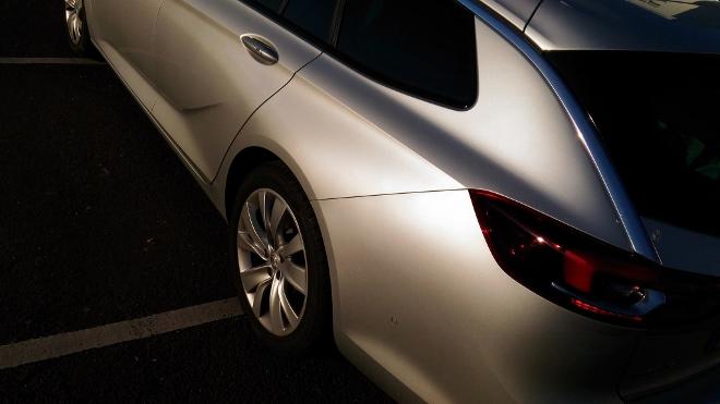 Opel Insignia Kombi in Silbern
