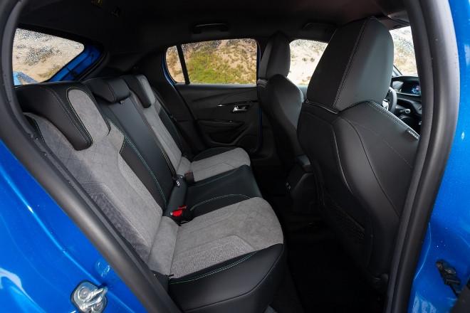 Peugeot 208 Elektro Sitzbank hintene