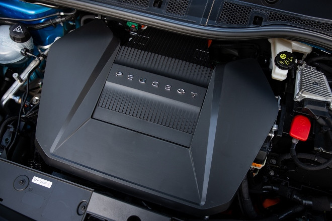 neuer Peugeot 208 Elektromotor