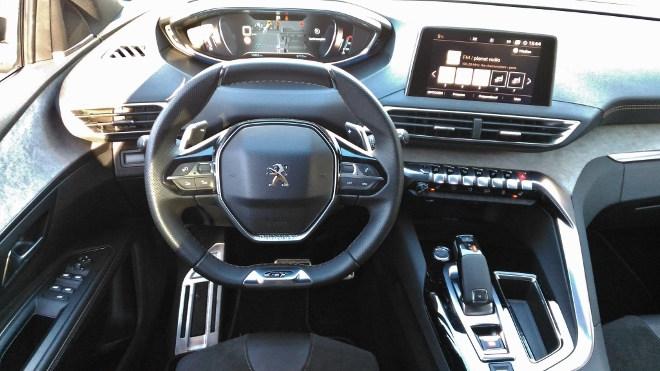 Peugeot 5008 GT Armaturenbrett