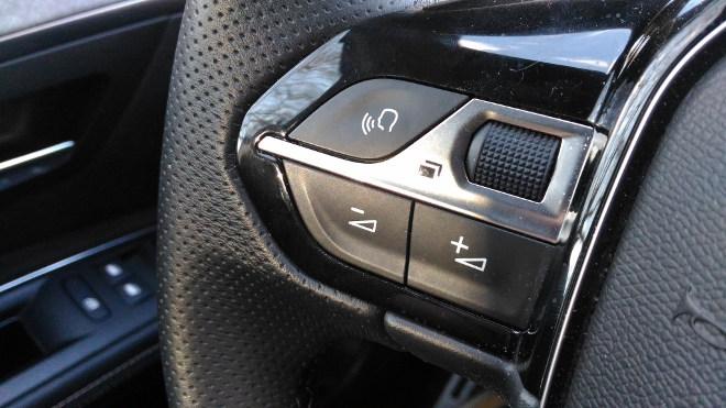 Peugeot 5008 GT Multifunktionslenkrad