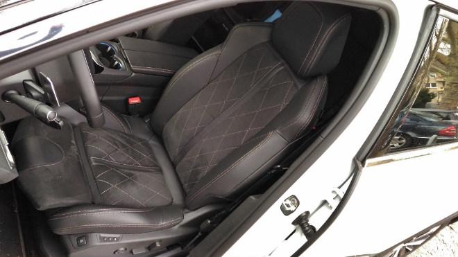 Peugeot 5008 GT Sitze vorne