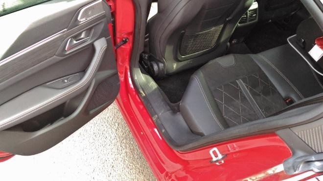 Peugeot 508 GT hinten sitzen