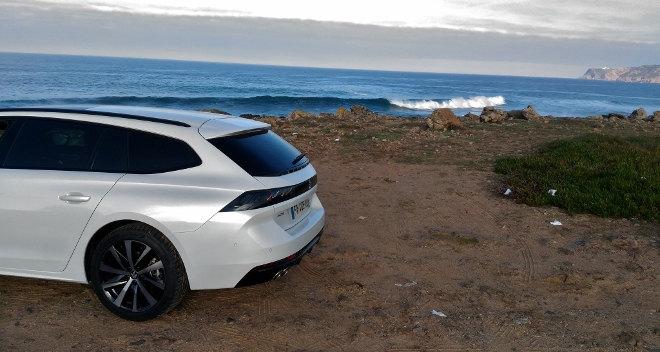 Peugeot 508 SW weiss Heckperspektive 2019