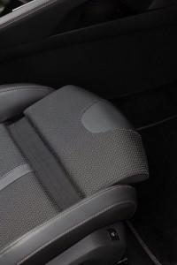 Peugeot 508 SW 2019 Sitzverlängerung Vordersitz