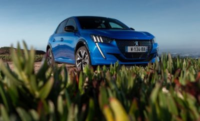 neuer Peugeot 208 Elektro, 208e in blau, im Test