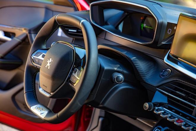 Neuer Peugeot 208 3D Cockpit