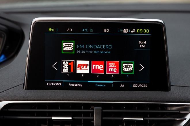 Peugeot 3008 Hybrid4 i-Cockpit Radio