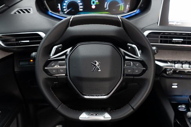 Peugeot 3008 Hybrid4 i-Cockpit