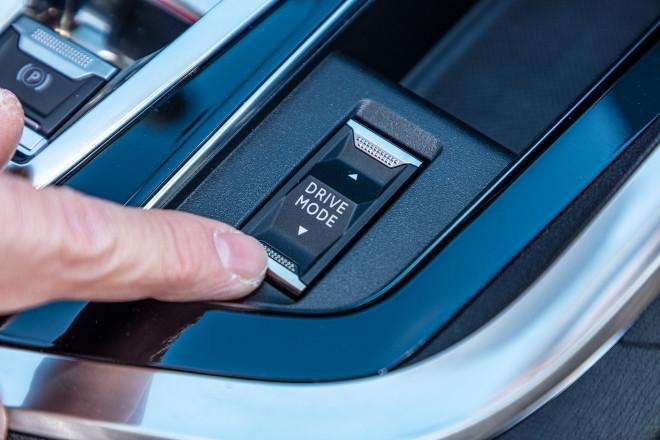 Peugeot 3008 Hybrid Tase Drive Mode