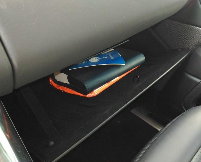 Range Rover Sport Handschuhfach und obere Ablage